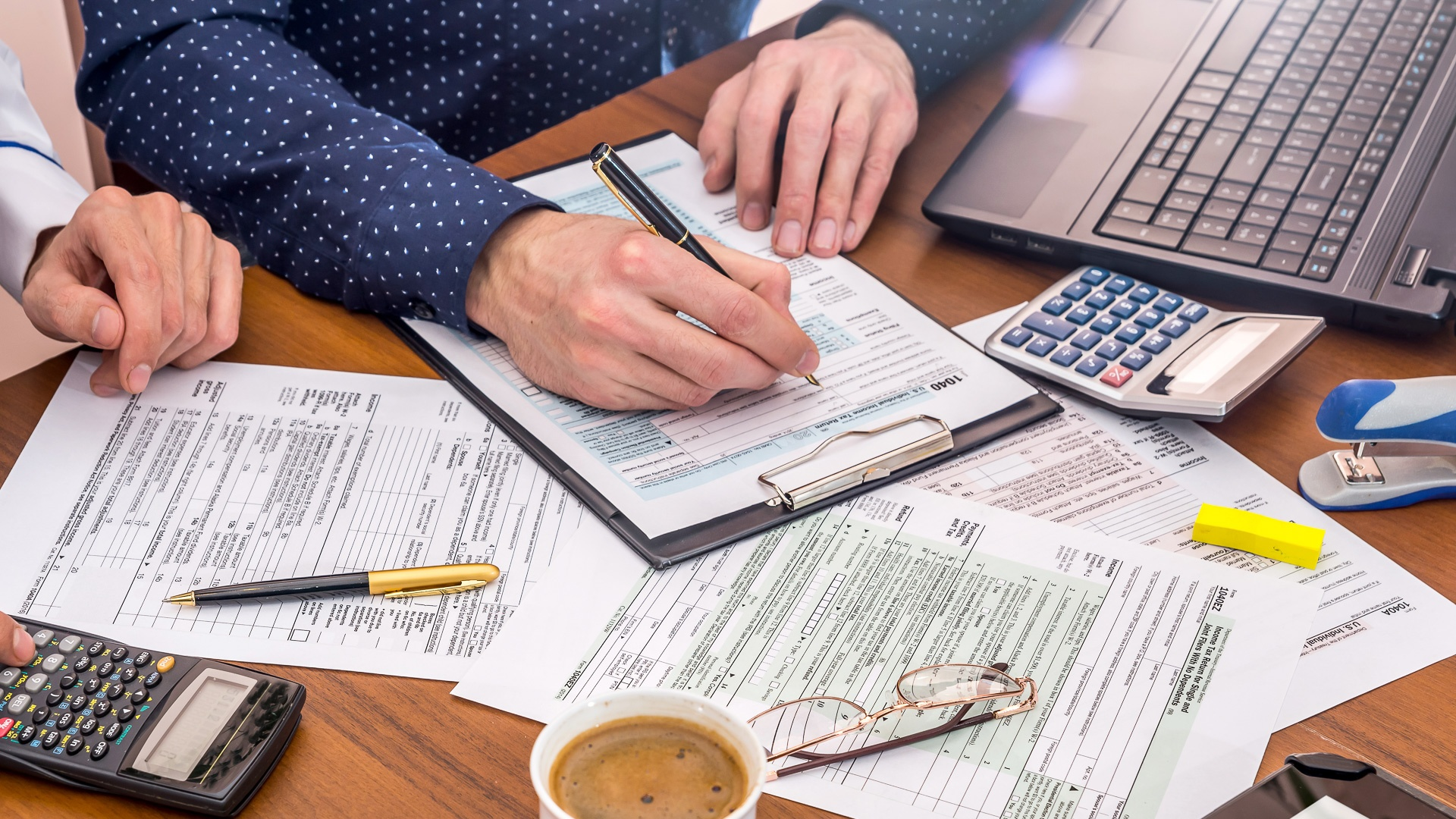 filing-taxes