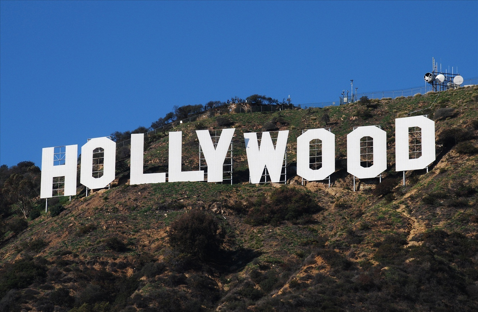 New-LACC-Report-to-Ease-Traffic-in-Hollywood-Hills