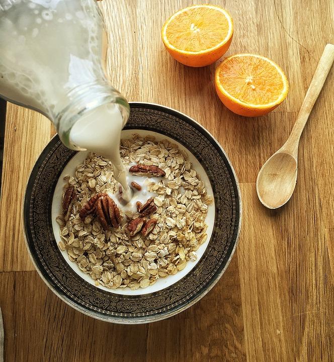 almond-milk-1074596_960_720.jpg