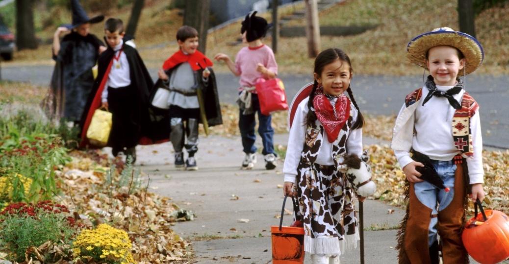 kids-halloween-costumes-P.jpeg